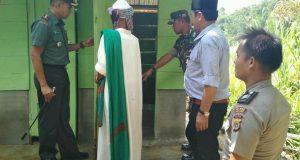 Kodim 0113 Bangun MCK Yayasan Jompo Al-Kindi Pining