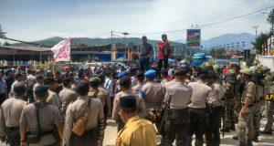 Mahasiswa Gelar Aksi Tolak Saman 10001 di Blangkejeren