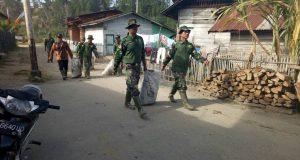 Prajurit Giatkan Jum'at Bersih Sebagai Upaya Penanganan Sampah