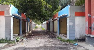 LPK Tuding Kios Bantuan Depan Kampus UGL Agara Bentuk Pemborosan