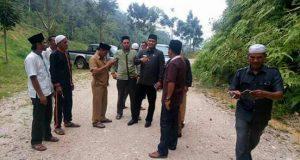 Bupati Aceh Timur Tinjau Lokasi Longsor di Jalan Lokop Serbejadi-Pining