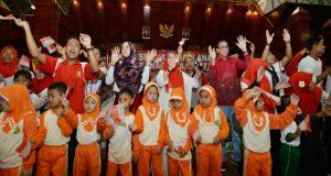 Keluarga Benteng Utama Perlindungan Anak