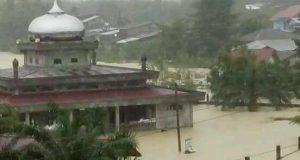 Peunaron Aceh Timur Direndam Banjir