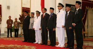 Di Istana, Jokowi Bahas Proyek Strategis Bersama Irwandi-Nova