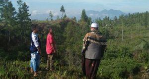 Respon Laporan Masyarakat Adanya Perambahan Hutan, Abuya Sarkawi Terjun ke Lapangan