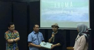 Fauzan Azima Undangan Khusus di Lounching DVD Aroma of Heaven