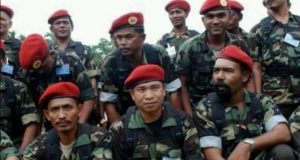 Kemakmuran Muzakir Manaf, Darwis Jeunib cs bukan Barometer Keberhasilan Peralihan Aceh