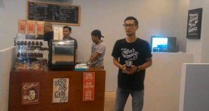 """Yusra Tebe Buka Cafe Toko """"Kopi Gayo"""" di Kampus UI"""