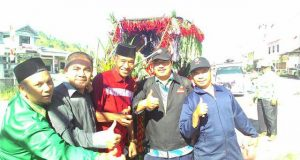 Saat Distan Aceh Tengah Tampil Beda di Karnaval HUT RI