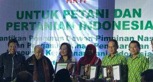 Disaksikan SBY, Eksportir Kopi Gayo Rahmah Terima Award HKTI