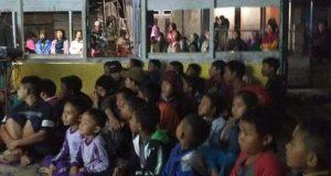 Nobar G30S/PKI di Gunung Baluhen Ramai di Ikuti Anak-Anak