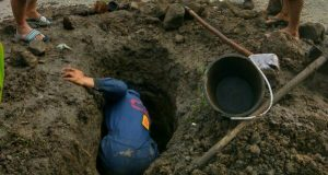 Antisipasi Banjir, Camat Gajah Putih Instruksikan Gotong Royong Massal