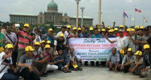 Petani Kopi Gayo Berdecak Kagum di Masjid Putra Malaysia