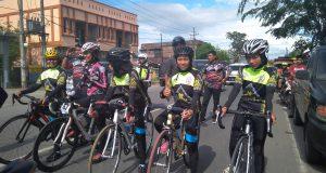 """Pebalap Putri Aceh Tengah """"NU"""" Dua Medali pada Pra PORA Balap Sepeda"""