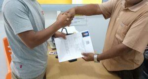 Bustanil Arifin Resmi Mendaftar ke Partai Golkar