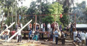 Warga Lokop Serbejadi Larut Bersama Pembangunan Pesantren