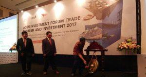 Irwandi Paparkan Potensi Investasi Aceh di Depan Pengusaha dan Duta Besar