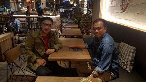 drh Ahdar, MP bersama pakar IT, Ir. Didik Eka Putra bertemu di salah satu kafe di Jakarta
