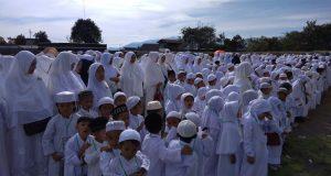 600 Santri Madrasah Diniyah Darul Falah Ikuti Simulasi Manasik Haji