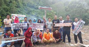 Javlec dan Pemuda Agusen Gotong Royong Benahi Objek Wisata