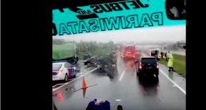 VIDEO Kecelakaan di Tol Cipali Yang Menewaskan Istri Bupati Pidie