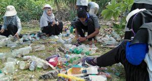 Salut dan INOS Adakan Travelling Edukasi di Pantai Deudap Pulau Nasi