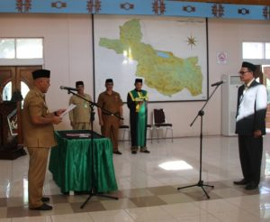 Bupati Aceh Tengah melantik Ketua Baitul Mal Aceh Tengah