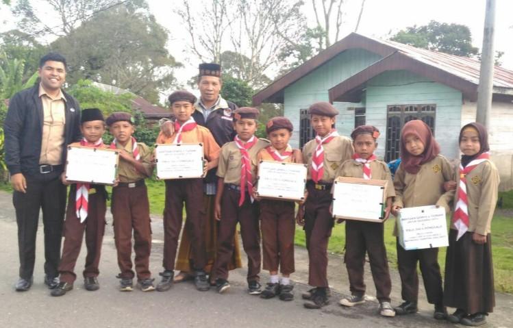 Siswa SDN 14 Silih Nara galang dana untuk palu, donggala