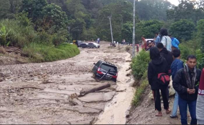 Banjir Bandang Jalan Blangkejeren-Kutacane