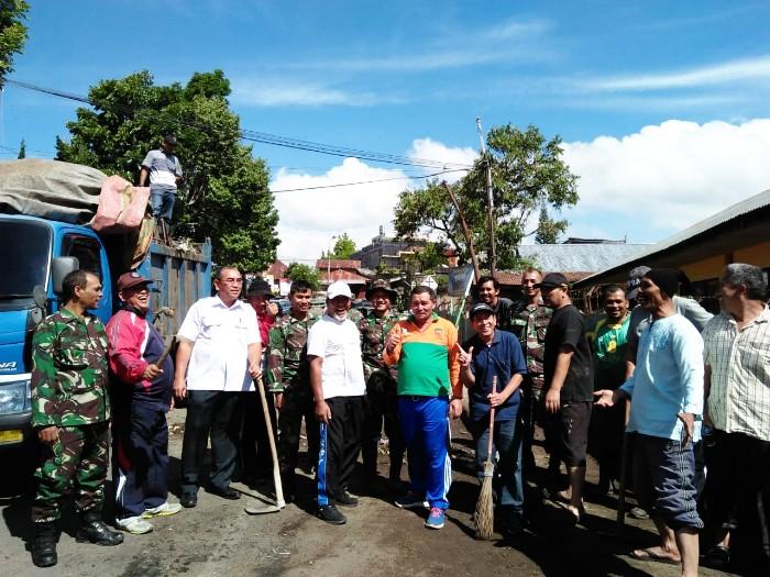 Jum'at Bersih Kampung Merah Mersa