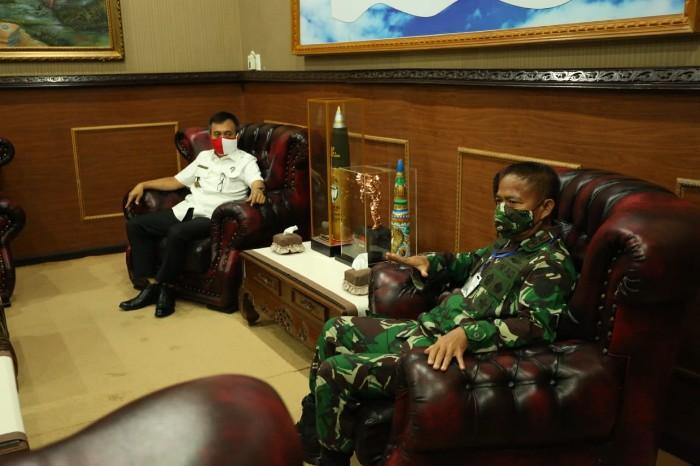 Pangdam IM Hasanuddin dan Kepala BNN Aceh Heru